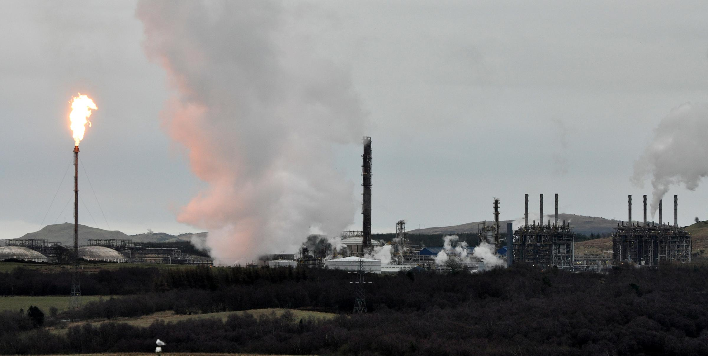 Mossmorran workers walk out over safety fears after 'intense flaring'