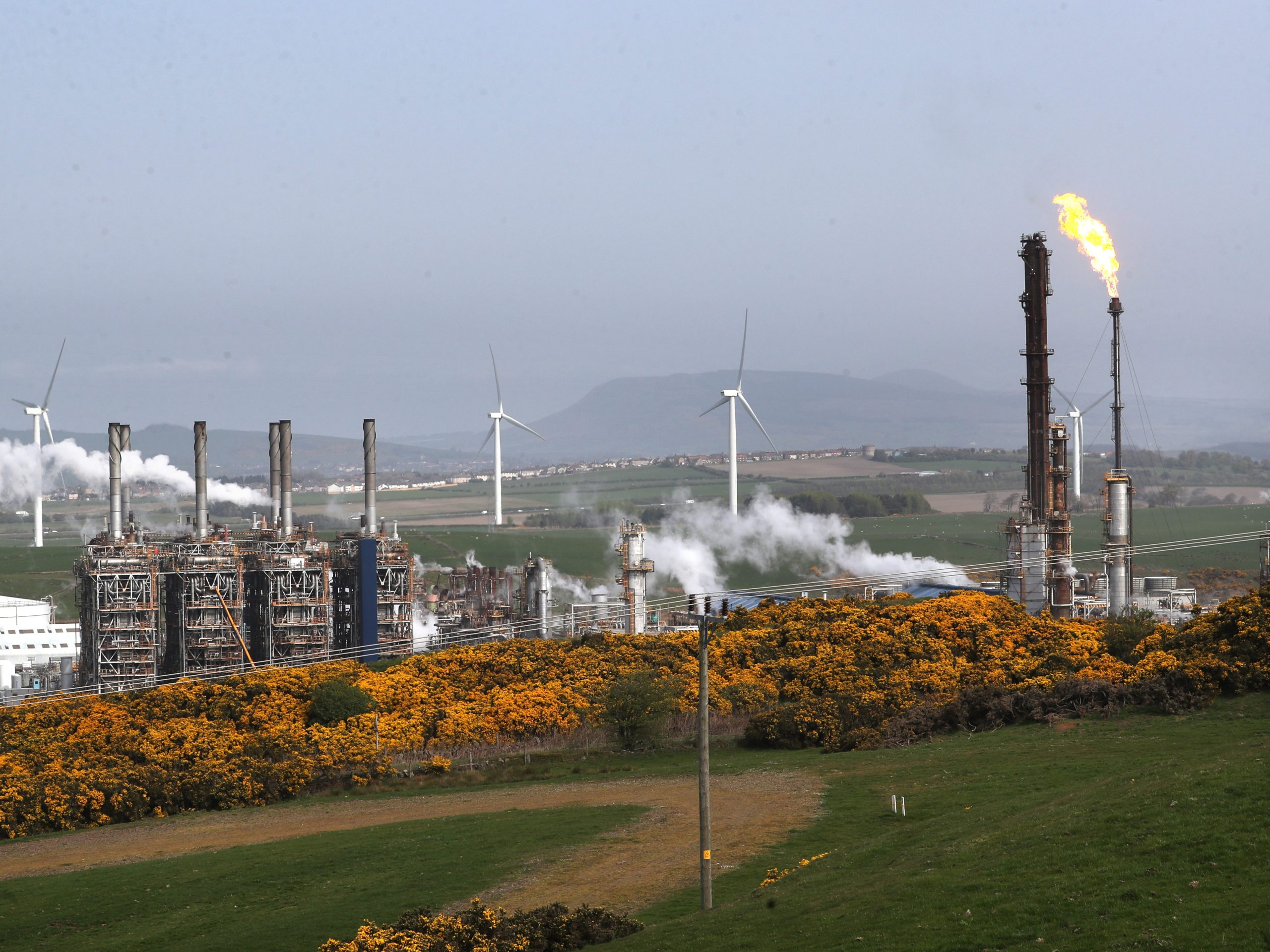 Mossmorran plant flaring branded 'extremely disappointing' by Nicola Sturgeon