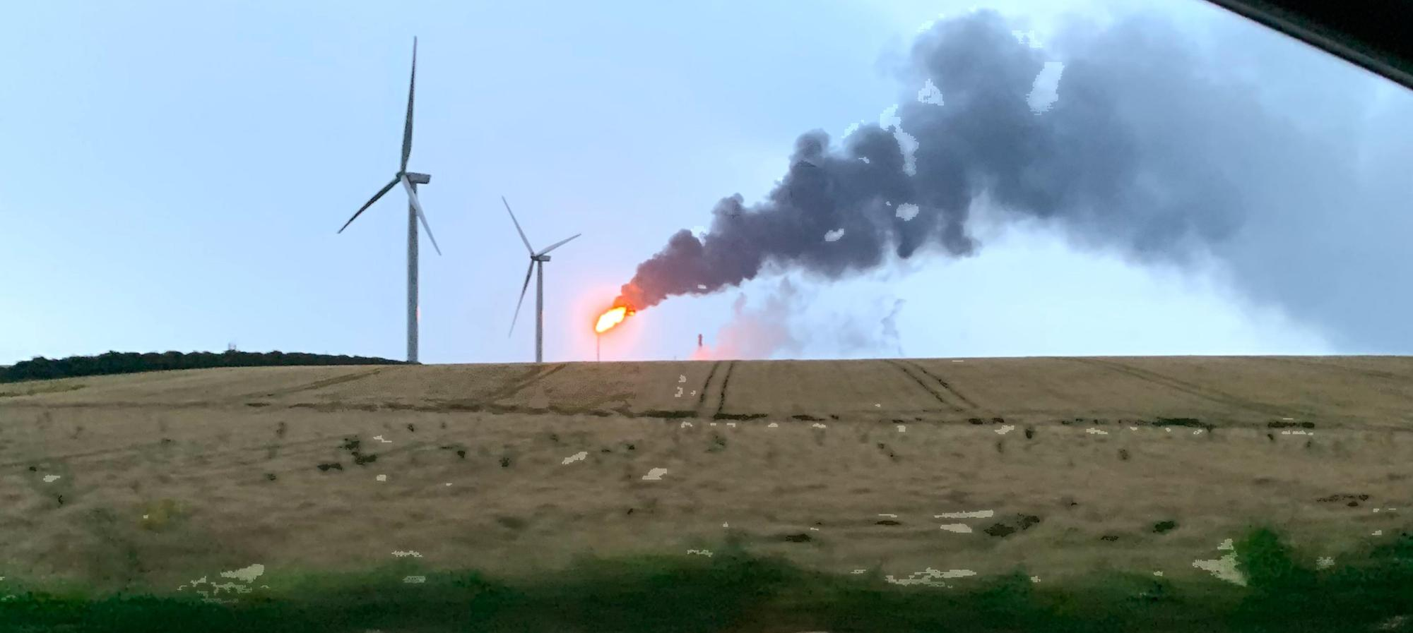 Environment officers monitor Mossmorran flare after severe weather