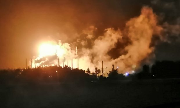 'Apocalyptic' flaring brought to an end at Exxon Mossmorran plant after three days of disturbance