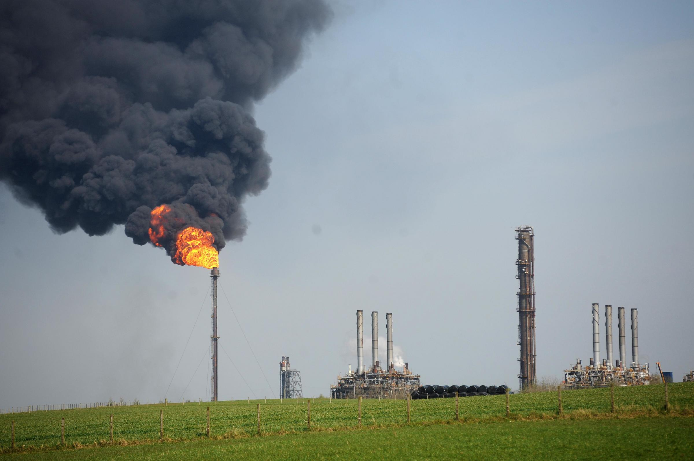 Mossmorran flaring emissions 'as bad as flying 9000 people to New York'